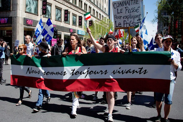 Des citoyens participant à la marche de la... (La Presse Sira Chayer / La Press)