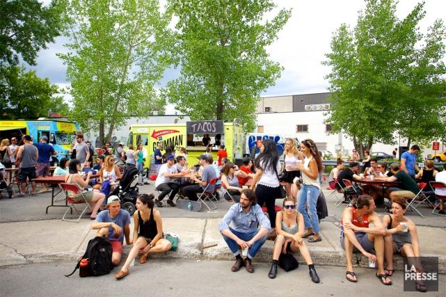Le Marché de nuit de l'Alexandraplatz Bar est... (PHOTO SARAH MONGEAU-BIRKETT, LA PRESSE)
