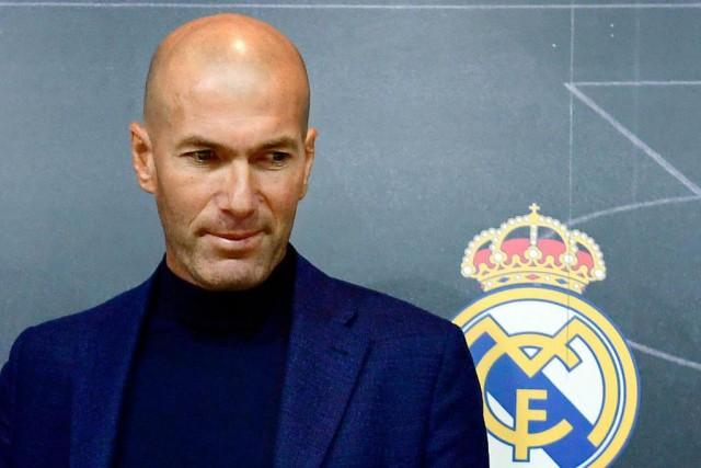 Zinédine Zidane a surpris le monde du soccer,... (PhotoPIERRE-PHILIPPE MARCOU, Agence France-Presse)