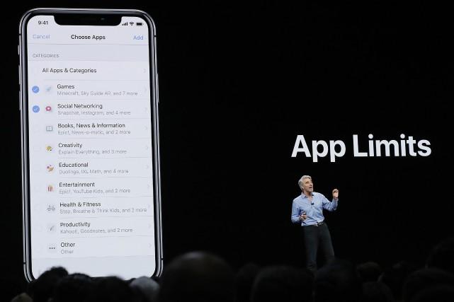 Apple bloquera désormais l'accès aux données personnelles par... (PHOTO AP)