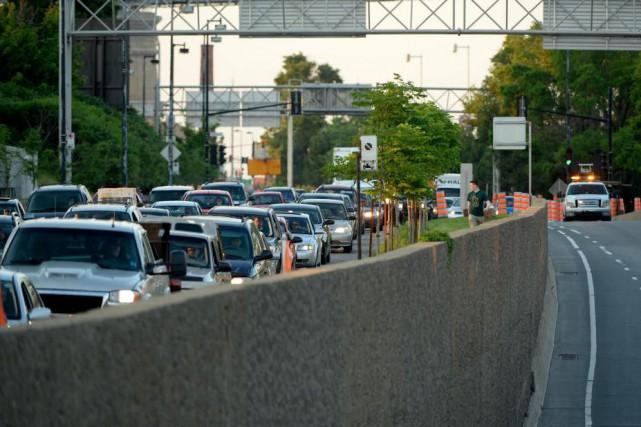 Пробки в Монреале: Этим летом ожидается ухудшение дорожного движения