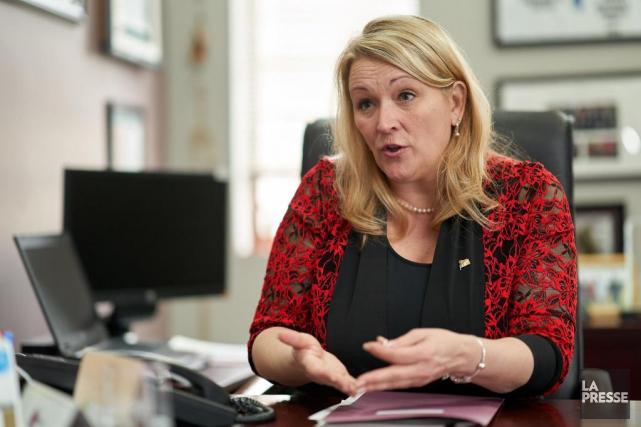 Lise Thériault,ministre responsable de l'Habitation.... (PHOTO ANDRÉ PICHETTE, ARCHIVES LA PRESSE)