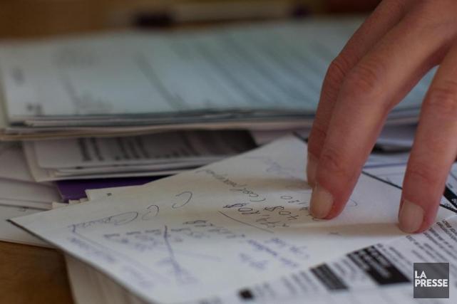 PHOTO ALAIN DECARIE, LA PRESSE-Montreal Consultation de documents... (ARCHIVES LA PRESSE)