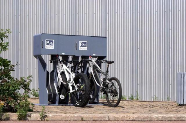 Le support VéloVoûte, qui peut accueillir quatre vélos... (Photo fournie par Neuron3D)
