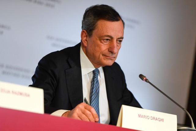 Le président de la BCE, Mario Draghi, a... (AFP)