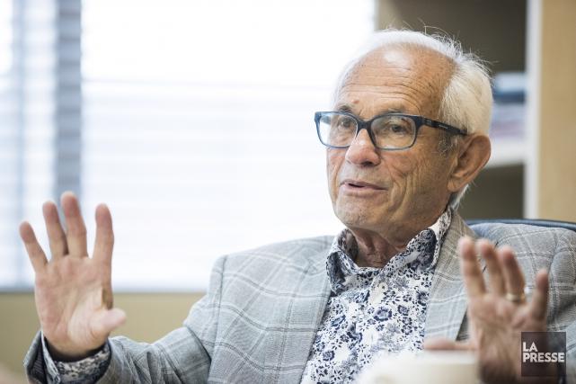 À 87 ans, Herschel Segal devient le nouveau... (PHOTO HUGO-SEBASTIEN AUBERT, LA PRESSE)