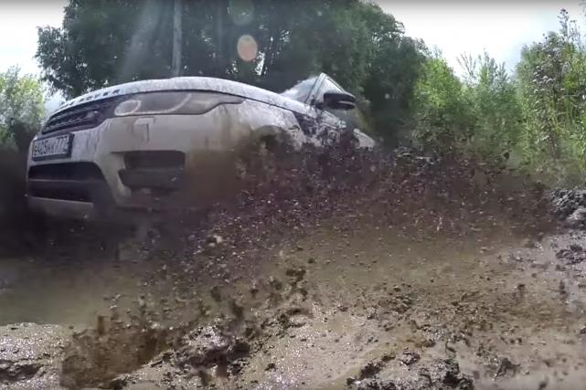 Land Rover va développer des logiciels de conduite... (Saisie d'écran YouTube)