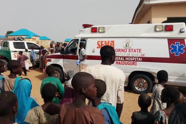Une ambulance transporte des blessées après un attentat... (Photo AUDU MARTE, Archives Agence France-Presse)