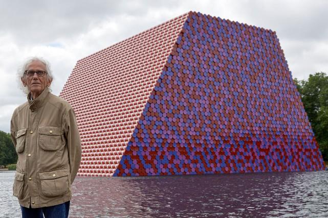 L'artiste Christo.... (Photo NIKLAS HALLE'N, Agence France-Presse)
