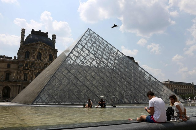 Le musée du Louvre.... (Photo LUDOVIC MARIN, archives Agence France-Presse)