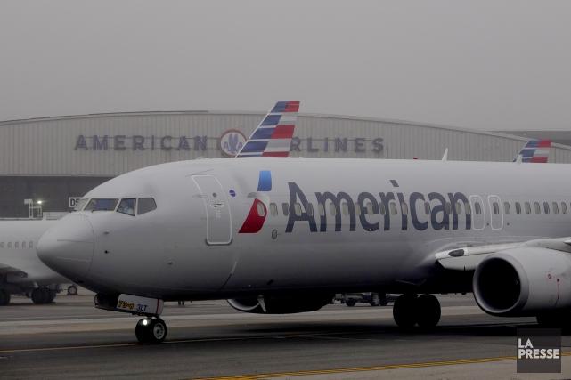 Les deux compagnies aériennes ajoutent leur nom à... (Photo Bernard Brault, La Presse)