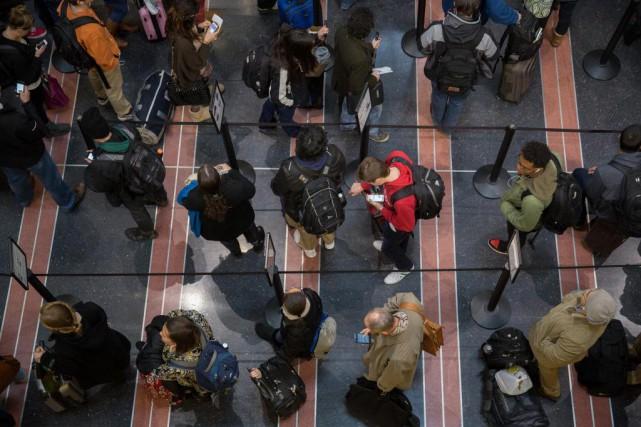 L'Agence de sécurité aérienne américaine resserre les règles... (PhotoAndrew Harrer, Archives Bloomberg)