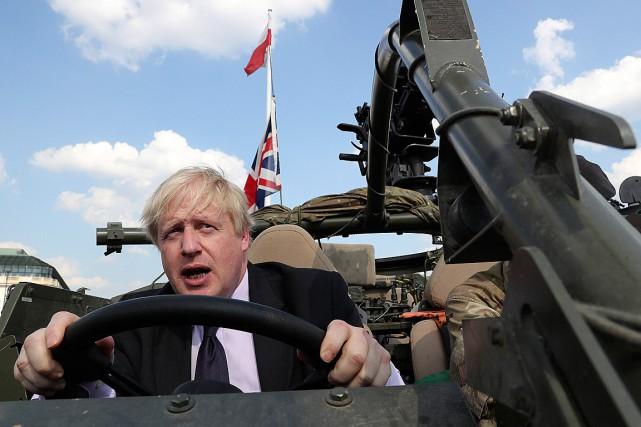 Le ministre britannique des Affaires étrangères, Boris Johnson,... (PHOTO CZAREK SOKOLOWSKI, ASSOCIATED PRESS)