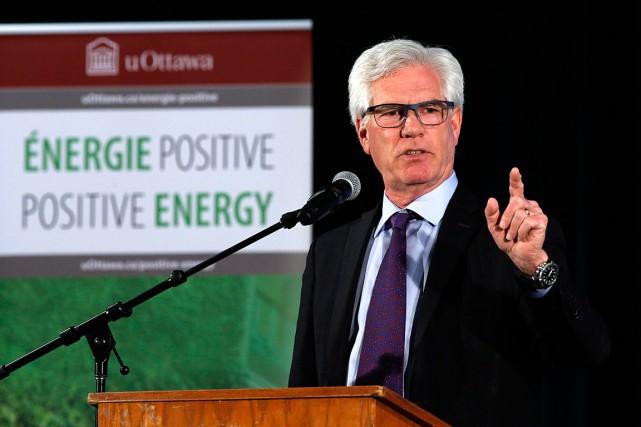 Le ministre des Ressources naturelles, Jim Carr,savait qu'il... (PHOTO PATRICK DOYLE, ARCHIVES LA PRESSE CANADIENNE)