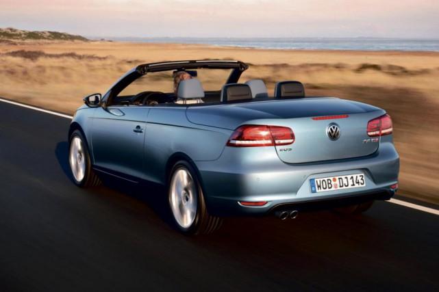 Volkswagen Eos 2012... (Photo fournie par Volkswagen)