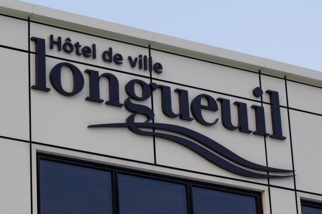 L'hôtel de ville de Longueuil... (Photo Edouard Plante-Fréchette, Archives La Presse)