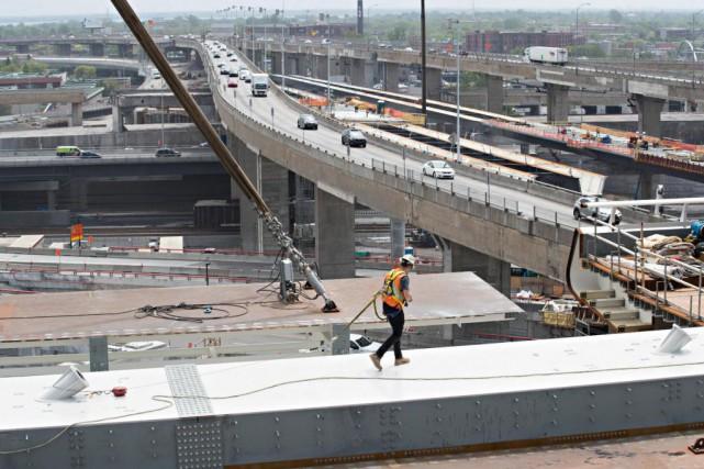 L'autoroute 15 sera complètement fermée en direction nord... (Photo Patrick Sanfaçon, Archives La Presse)