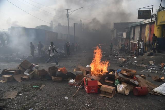 Les principales artères de la capitale haïtienne ont... (Photo Hector Retamal, Agence France-Presse)