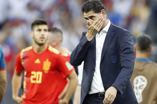 Équipe d'Espagne: Fernando Hierro jette l'éponge