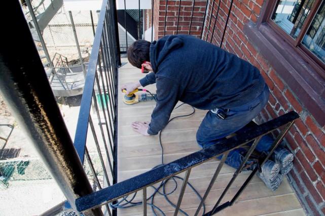 Les planchers de balcons et terrasses sont exposés... (Photo Alain Roberge, Archives La Presse)