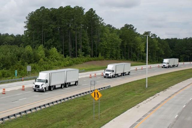 Volvo Trucks et Fedex travaillent sur un système... (photo Fedex)