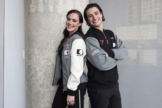 La paire de patineurs visitera 30 villes canadiennes... (Photo Marta Iwanek, La Presse Canadienne)