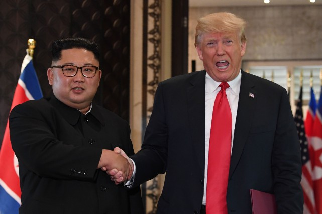 Kim Jong-un et Donald Trump se sont rencontrés... (PHOTO AFP)
