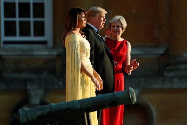 Donald Trump et sa femme Melania ont été... (PHOTO REUTERS)