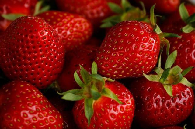 La fraise est l'un des fruits qui contiennent... (PhotoMathieu Bélanger, collaboration spéciale)