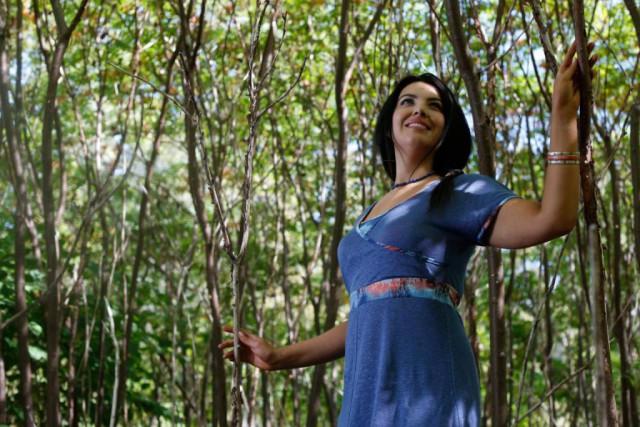 Créée et fabriquée au Québec, cette robe évasée... (PHOTO FOURNIE PAR FRËTT DESIGN)