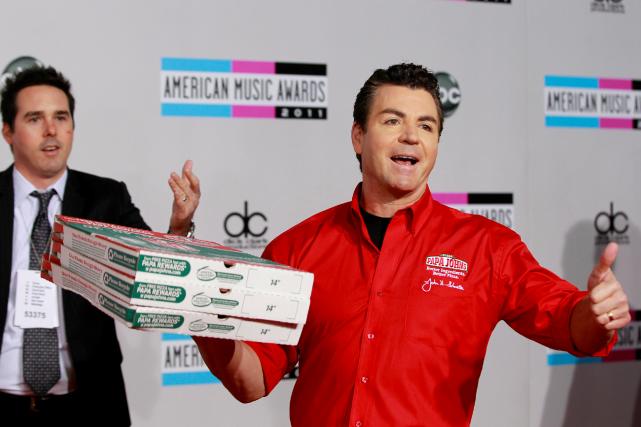 Le fondateur de Papa John's Pizza a démissionné... (Photo Danny Moloshok, Archives Reuters)