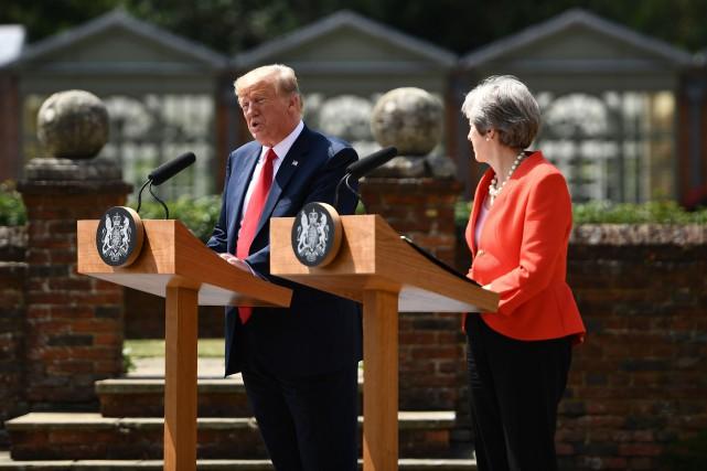 La première ministre britannique et le président américain... (photo Brendan Smialowski, Agence france-presse)