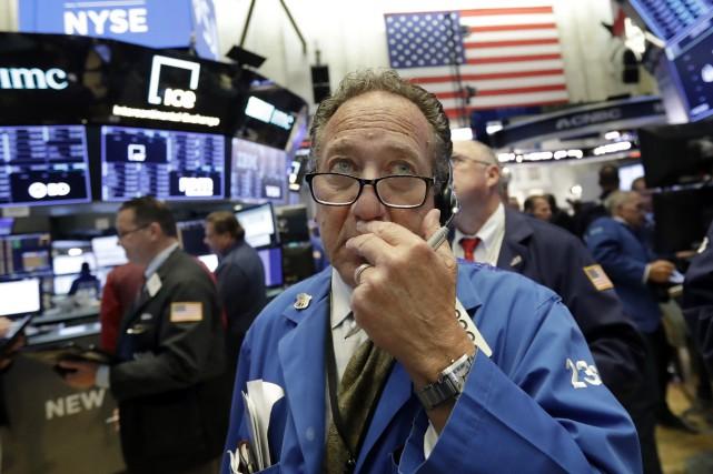 Vers 9 h 55, l'indice élargi S&P 500... (Photo archives AP)