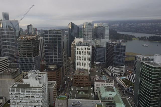 Le nombre de logements à vendre en Colombie-Britannique... (Photo Jonathan Hayward, Archives La Presse Canadienne)