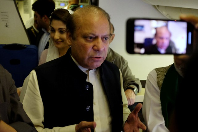 L'ex-premier ministre pakistanais, Nawaz Sharif... (PHOTO Drazen Gorgic, REUTERS)