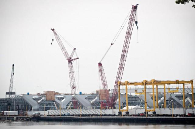 Le chantier du nouveau pont Champlain pendant la... (Photo Patrick Sanfaçon, Archives La Presse)
