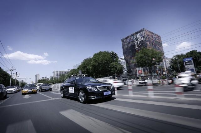 Une norme internationale permettrait d'accélérer l'implantation des voitures... (Photo Mercedes-Benz)