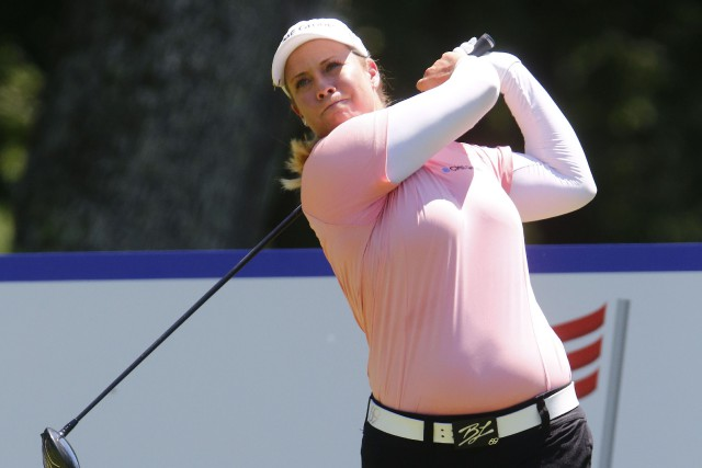 Une golfeuse tente de marquer l'histoire de la PGA