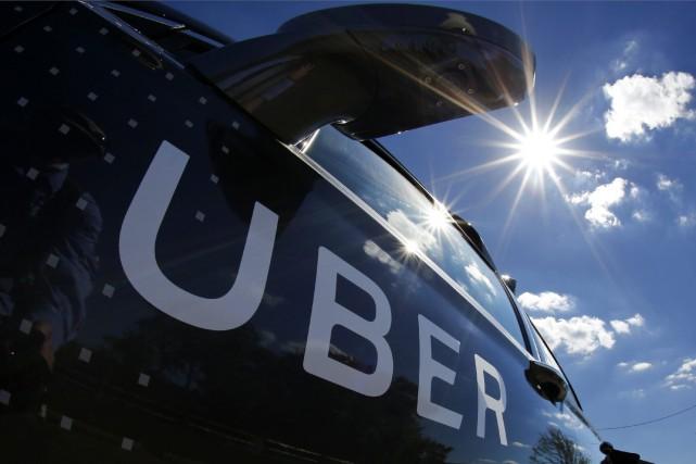 Uber a décidé d'abandonner son programme de camion autonome pour se concentrer... (ARCHIVES AP)