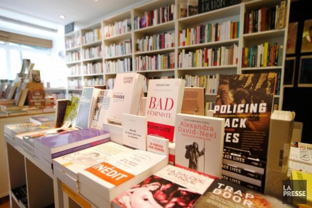 La librairie féministe L'Euguélionne propose de nombreux essais.... (PHOTO Martin Chamberland, LA PRESSE)