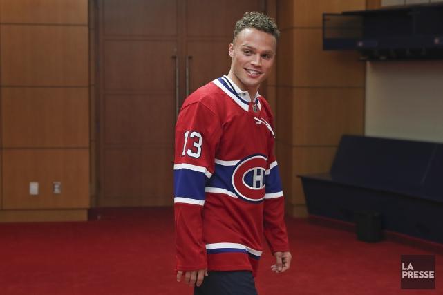 La nouvelle acquisition des Canadiens de Montreal Max... (PHOTO ROBERT SKINNER, ARCHIVES LA PRESSE)