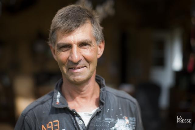 Michel Fortin, 52 ans, Saint-Roch-de-Mékinac... (Photo Olivier Pontbriand, La Presse)