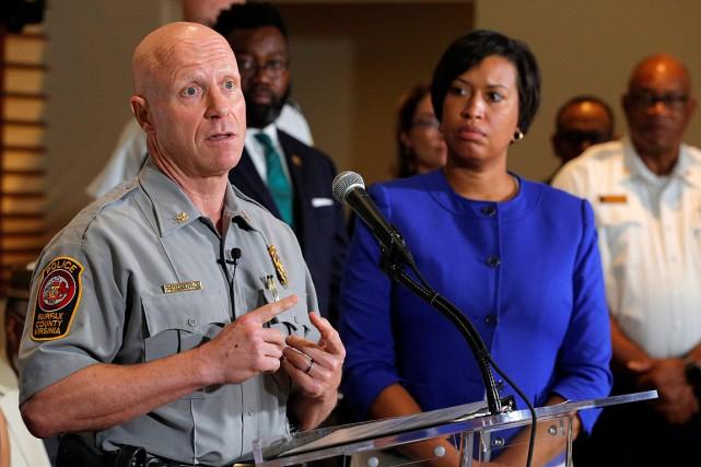 Le chef de police du comté de Fairfax,... (PHOTO BRIAN SNYDER, REUTERS)
