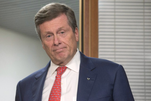 Le maire John Tory considère comme inacceptable et... (PHOTO Chris Young, ARCHIVES LA PRESSE CANADIENNE)