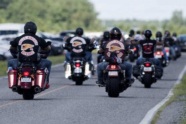 Selon les autorités, quelque 500 membres du groupe... (PHOTO Graham Hughes, LA PRESSE CANADIENNE)