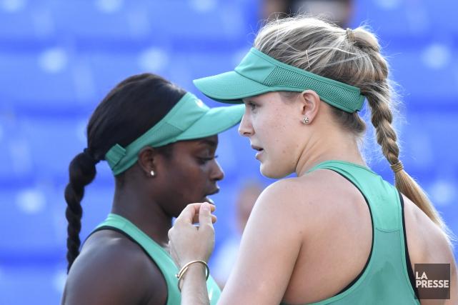 les deux joueuses ont affiché une certaine complicité... (Photo Bernard Brault, La Presse)