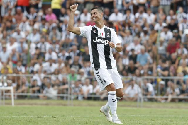 CR7, transféré du Real Madrid pour 100millions d'euros,... (Antonio Calanni, AP)