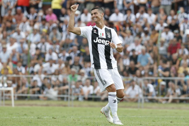 Cristiano Ronaldo Marque Ses Deux Premiers Buts Avec La