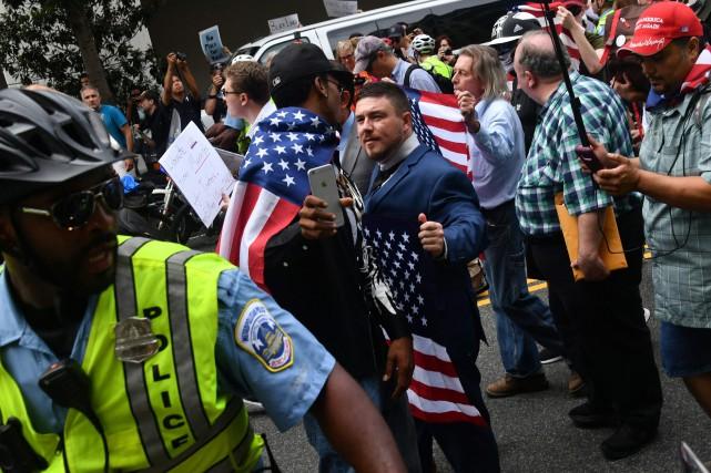 nouvel ordre mondial | Un an après Charlottesville, le mouvement néo-nazi en piteux état