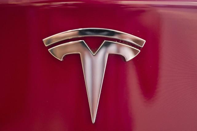 Tesla demande à la Cour supérieure de l'Ontario... (PHOTO ARCHIVES AP)